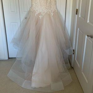 Maggie Sottero Dresses - Wedding Dress